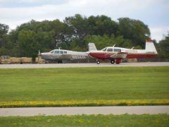 231RX Landing - OSH '13