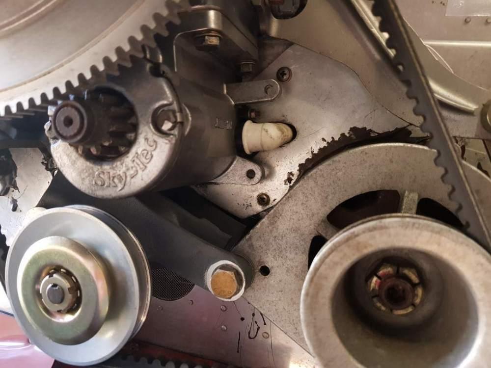 engine baffle.jpg