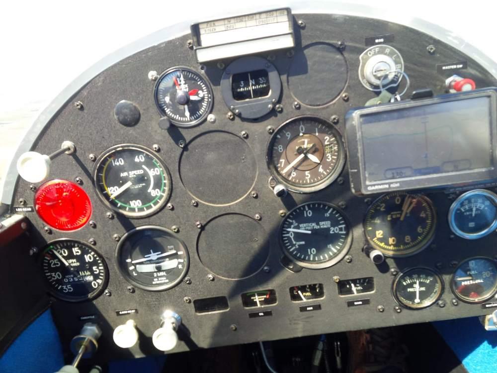 04 Panel Left In Flight.jpg